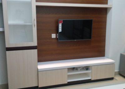 interior backdrop tv apartemen